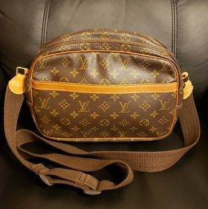 Authentic Louis Vuitton REPORTER PM Monogram S-bag